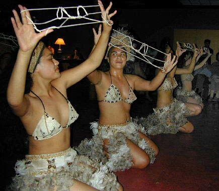 Rapanui dancers